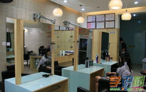 理发店装修有哪些要素