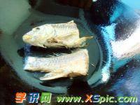 蘿卜鯽魚湯的做法圖解_好吃的蘿卜鯽魚湯要如何做