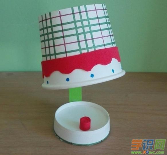 幼儿简单立体手工制作图片3:台灯