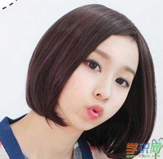 可爱中分女生短发发型显瘦的中分短发发型图片