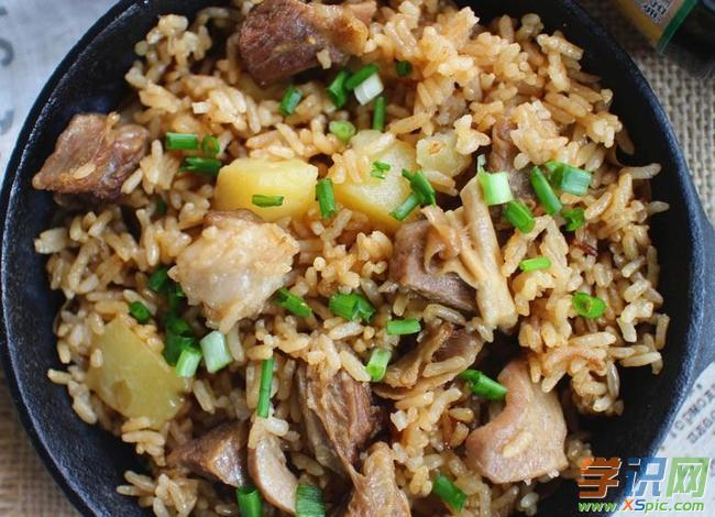 电饭锅羊肉焖饭的简单做法