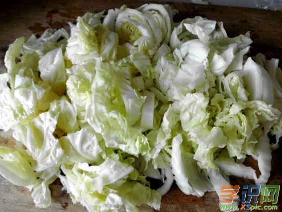 白菜木耳粉条的家常做法