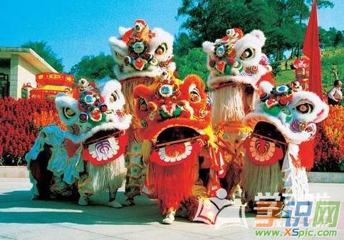 初中生描写春节习俗的作文800字
