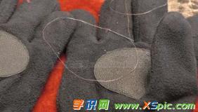 普通手套制作成触控手套的方法