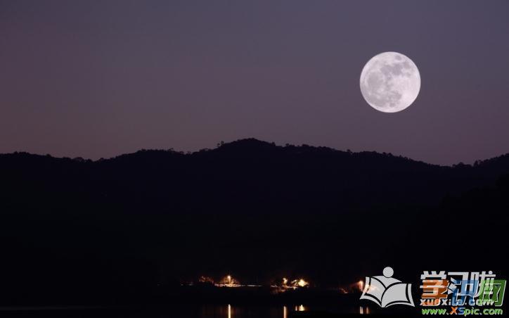 描写月亮的优美段落