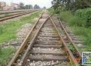 关于铁轨的原创随笔:我家住在铁道边